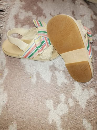 Prodajem Zara sandalice za devojčice, broj 22.Malo nošene, - Kragujevac