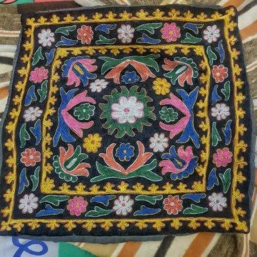 Bakı şəhərində Antik qedimi el iwi dekor yastiq ucun nakidka razmer 50*50